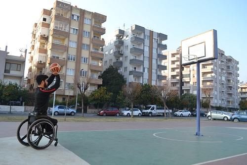 basketbol-hayali-mardinden-aydina-getirdi-ozel-roportaj-145168-60f0c575ad74d79886213e5a6785f711.jpg
