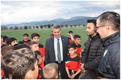 buharkent-belediyesi-futbol-okulu-acildi-134904-7990777f46307215d7c367b0e4f8ffde.jpg