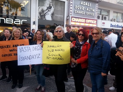 cocuk-taciz-ve-istismari-protesto-edildi-103641-b948950a7ef076bd95a5a6e3eefb5ac8.jpg