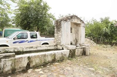 efeler-belediyesi-mezarliklari-duzenliyor-108293-89407408b9eba0d15d86266881a19cf2.jpg