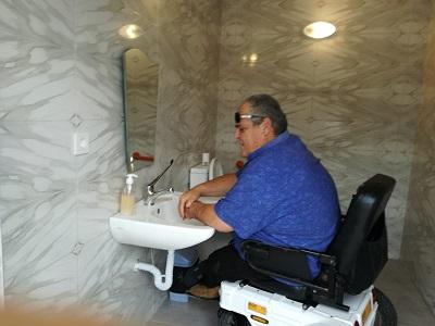 engelliler-tuvaletine-kavustu-111842-bf8a8a31147d1e3b080ecc02b16a98bb.jpg