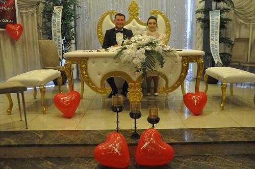 gokbaraz-ailesinin-mutlu-gunu-149524-048437ca5ede9ccc5ceeb241a64a5942.jpg