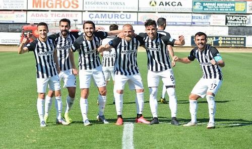 hucum-futbolunu-seviyoruz-150879-22e973aef8affe1dfcd3829b32b2ac47.jpg
