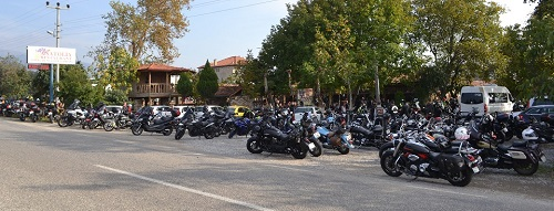 karacasu-motosikletlilerin-istilasina-ugradi-136641-a9420c8ffb145177866df50b32c0b3e4.jpg