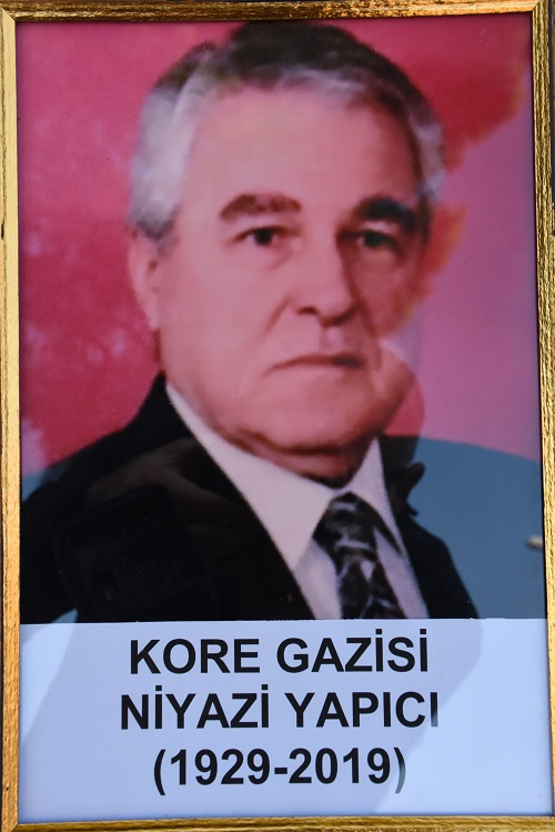 kore-gazisi-niyazi-yapici-son-yolculuguna-ugurlandi-140053-919724b82972c52daf07affe23bcdc0d.jpg