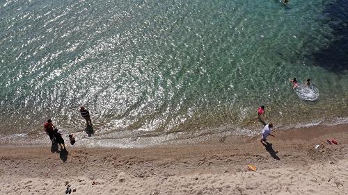 kusadasi-ve-didim-sahillerinde-deniz-keyfi-164196-23fe494139c692a3a2515875db5f8179.jpg