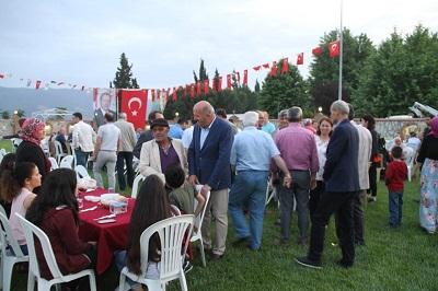 kuyucak-belediyesi-oksuz-ve-yetimleri-unutmadi-107838-31c915b14d841608d5491a8d5abc4912.jpg