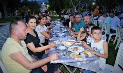 kuyucak-mhpde-mehteranli-iftar-yemegi-108742-ce4b6e5f8bbc9b4400f38a9e36637528.jpg