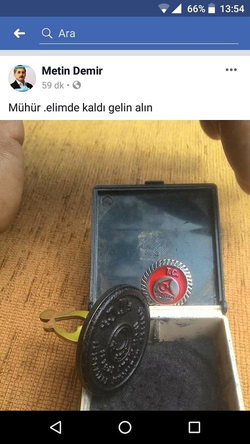 muhtarin-muhru-elinde-kaldi-100188-4eee10d32b2535db0b13da78337c9a14.jpeg