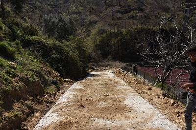 nazilli-belediyesi-yol-hamlelerine-devam-ediyor-98036-8cc0cdb431a34d0c03d821252659dc4e-001.jpg
