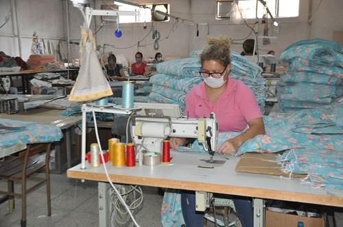 nazillide-tekstil-sektorune-kadin-eli-degiyor-180131-0b0c9533dba069ce3f49025d007efbca.jpg