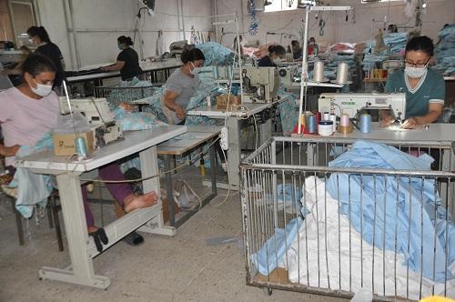 nazillide-tekstil-sektorune-kadin-eli-degiyor-180131-c3c9f3efcb3a4cb9ebed8ee7d2ea3e49.jpg