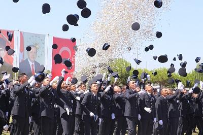 pomemden-459-ogrenci-mezun-oldu-121347-4cf4fb714ac411141c37b773f7a03f90.jpeg