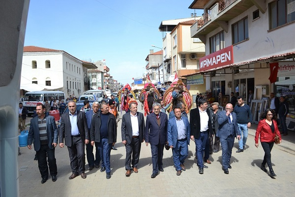 sezonun-son-deve-guresi-karacasuda-olacak-89727-cccc5873c347c3fb3646aa9f15e31d40.jpg