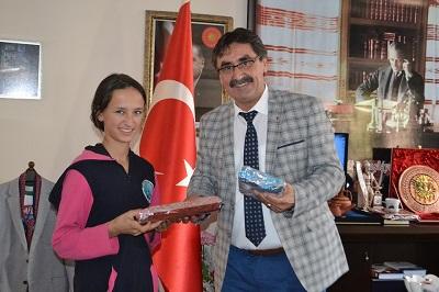turkiyeyi-imam-hatipliler-yonetiyor-130800-7e47f21a59e49b9965e6069915c4263f.jpg