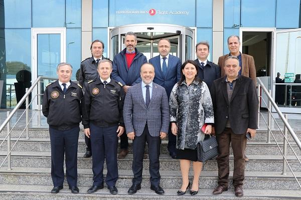 yavuz-turkiyeyi-aydinli-pilotlar-ucuracak-93943-c8d7fc52dc56d7937cfa9e1100cbcdae.jpg